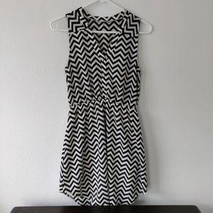 Everly Chevron Dress size S